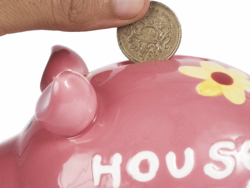 How to save for a deposit on your first home piggy bank